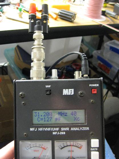 Measuring a 99.8 pF capacitor